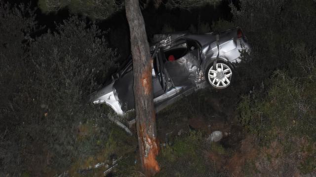 Bodrumda polisten kaçarken kaza yapan 2 kişi yaralandı