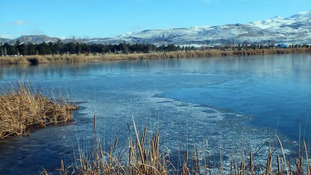 Sivastaki Ulaş Gölü buzla kaplandı