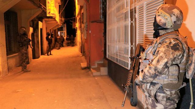 Adanada DEAŞ operasyonu: 3 şüpheli yakalandı