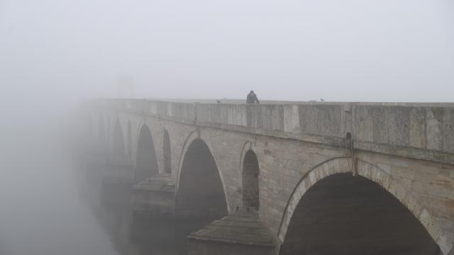 Edirnede yoğun sis etkili oluyor