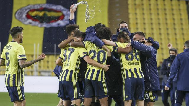 Fenerbahçe evinde 3 maç sonra kazandı