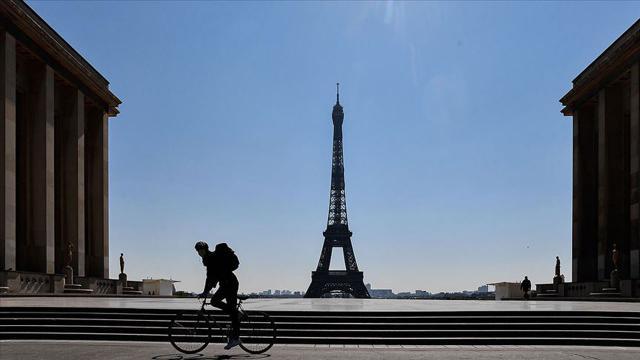 Fransada 16 bölgede sokağa çıkma kısıtlaması uygulanacak