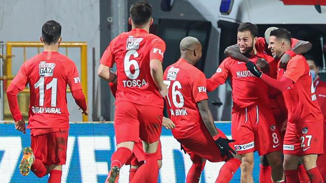 Gaziantep Futbol Kulübü durdurulamıyor