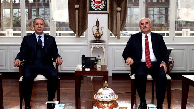 Bakan Akar, Yargıtay Başkanı ve Yargıtay Cumhuriyet Başsavcısını ziyaret etti