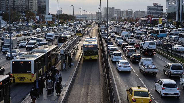 Taksi, dolmuş ve minibüs ücretleri ne kadar oldu? İstanbulda ulaşıma zam