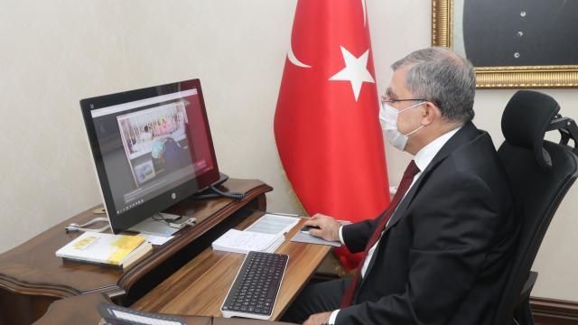 """Karaman Valisi Mehmet Alpaslan Işık, AAnın """"Yılın Fotoğrafları"""" oylamasına katıldı"""