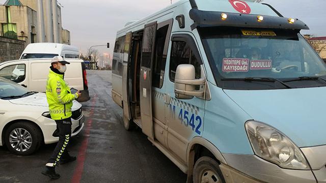 İstanbulda toplu taşıma araçlarında koronavirüs denetimi