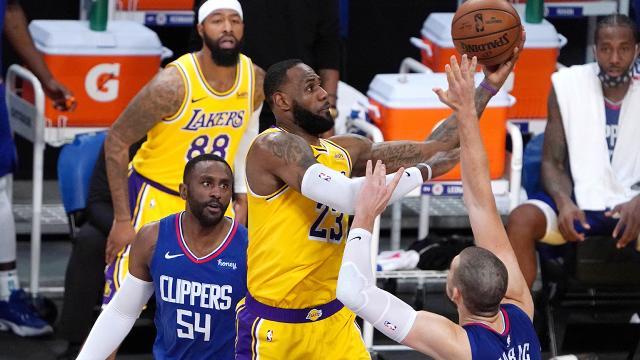 Son şampiyon Lakers sezona mağlubiyetle başladı