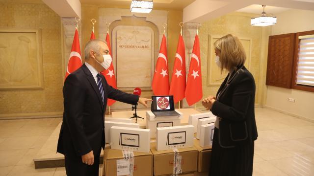 Sivil Havacılık Genel Müdürlüğünden Nevşehirdeki öğrencilere 100 tablet
