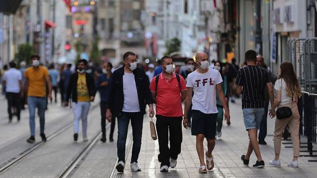 Türk araştırmacılardan COVID-19 bulaşı riskini hesaplayan yeni yöntem