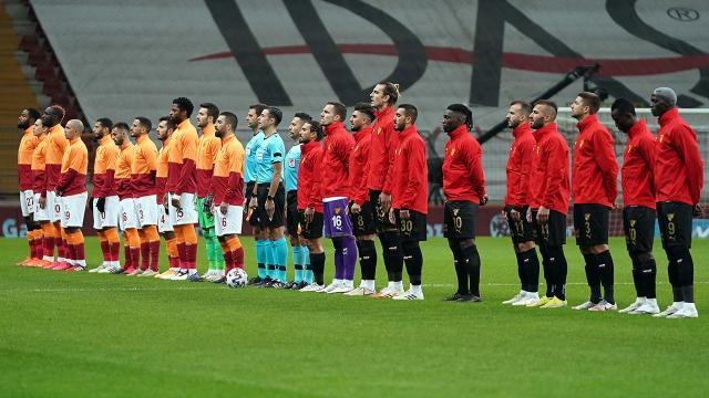 Galatasarayda dört, Göztepede beş değişiklik