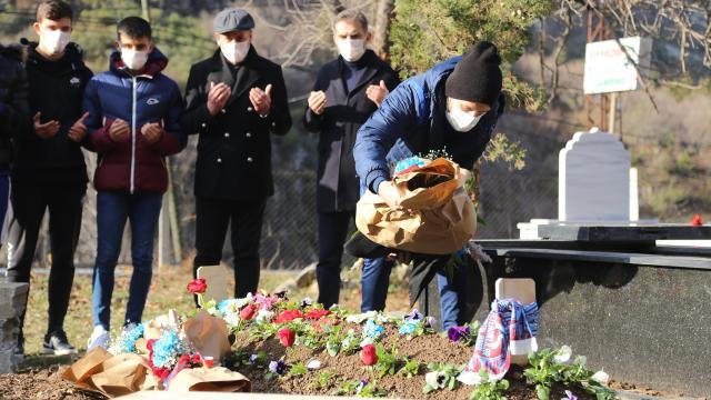 Abdullah Avcı ve futbolcular Özkan Sümeri unutmadı