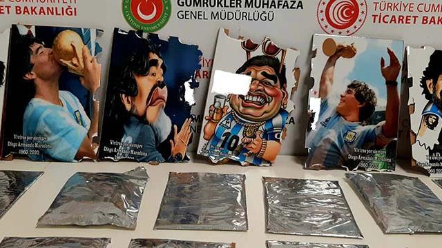 Maradona tablolarından uyuşturucu çıktı