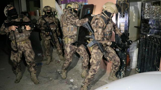 Adanada şafak vakti uyuşturucu operasyonu düzenlendi