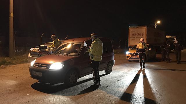 Edirnede kısıtlamayı ihlal eden alkollü sürücülere ceza