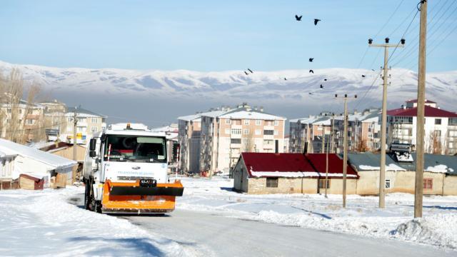 Doğu Anadoluda dondurucu soğuklar etkisini sürdürüyor