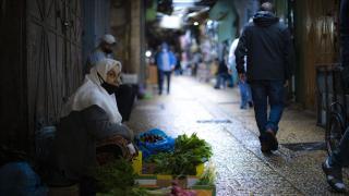 Filistin'de COVID-19 nedeniyle olağanüstü hal 1 ay daha uzatıldı