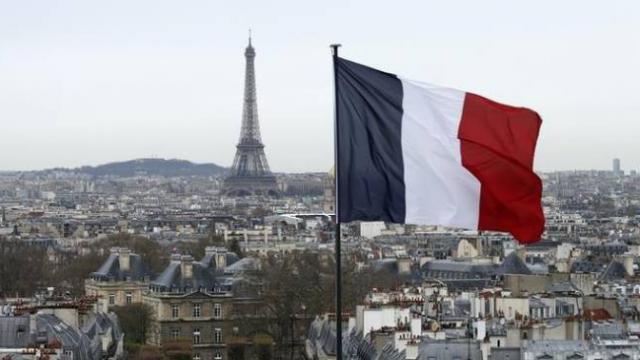 Fransa 2020yi COVID-19 krizi ve şiddetli protesto gösterileriyle geçirdi