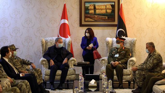 Milli Savunma Bakanı Hulusi Akar Libyaya gitti