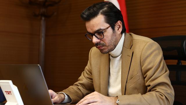 TRT Genel Müdürü Eren AAnın Yılın Fotoğrafları oylamasına katıldı