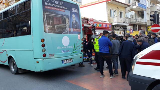Manisada halk otobüsünün çarptığı yaya yaralandı