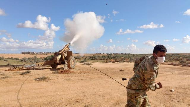 TSKdan Libyalı askerlere atış eğitimi