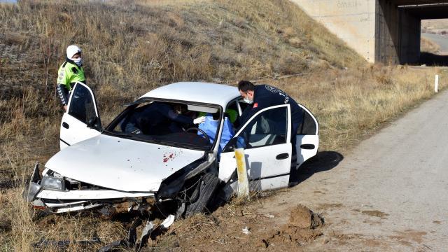 Kırıkkalede şarampole düşen otomobilin sürücüsü yaşamını yitirdi