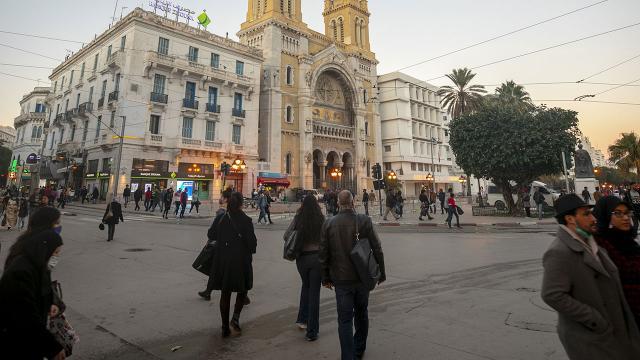 Tunus ve Suudi Arabistanda salgında son durum