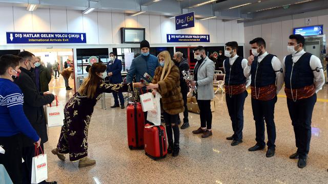 Palandökene gelen turistler davul zurnayla karşılandı