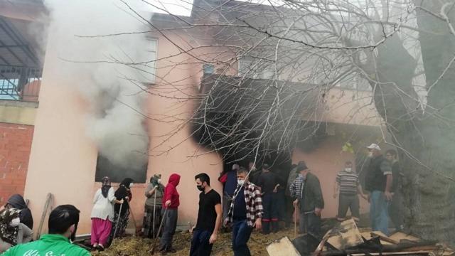 Zonguldakta evin deposunda yangın