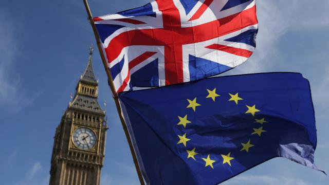 """ABden İngiltereye """"Brexit anlaşmasını ihlal"""" suçlaması"""
