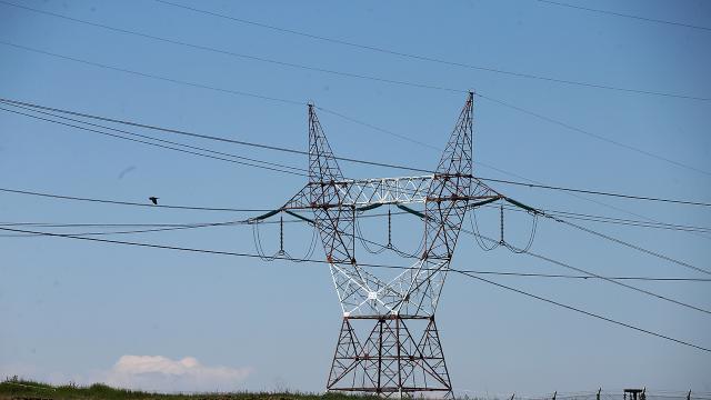 Türkiyede dün günlük bazda 929 bin 485 megavatsaat elektrik üretildi