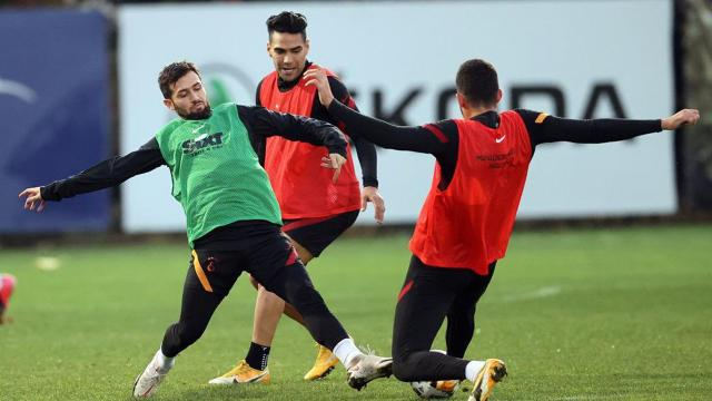 Galatasarayda zorunlu değişim