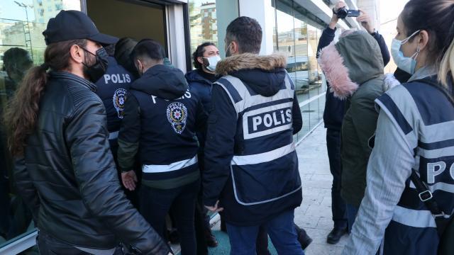 Samsun merkezli nitelikli dolandırıcılık operasyonunda yakalanan 11 şüpheli adliyede