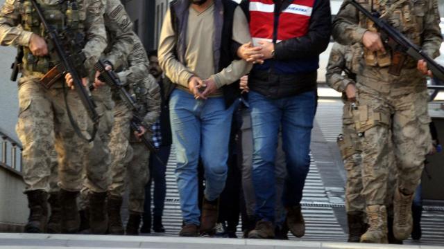 Osmaniyede 3 DEAŞ şüphelisi tutuklandı