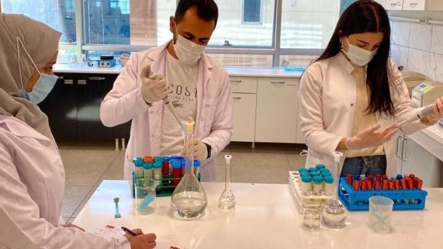 Harran Üniversitesi vişne çekirdeği atıklarından protein barı üretecek