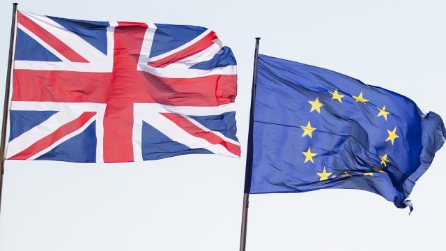 AB ve İngiltere yarın ticaret anlaşması imzalayacak