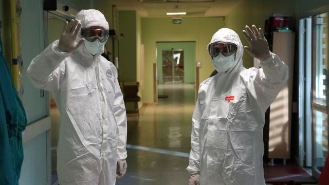 Dünya genelinde koronavirüsü atlatanların sayısı 60 milyonu geçti