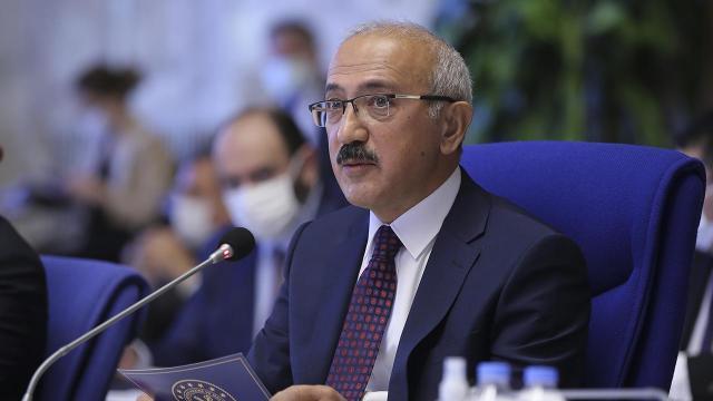 Bakan Elvandan CHPye Albayrak tepkisi: Şiddetle kınıyorum