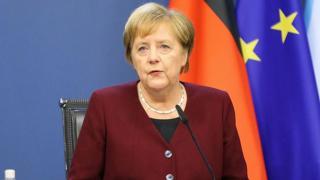 Merkel: Pandemi gelecek yıllarda da hayatımızı etkileyecek