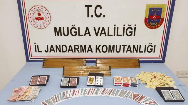Kumar oynayan 9 kişiye 28 bin 350 lira ceza