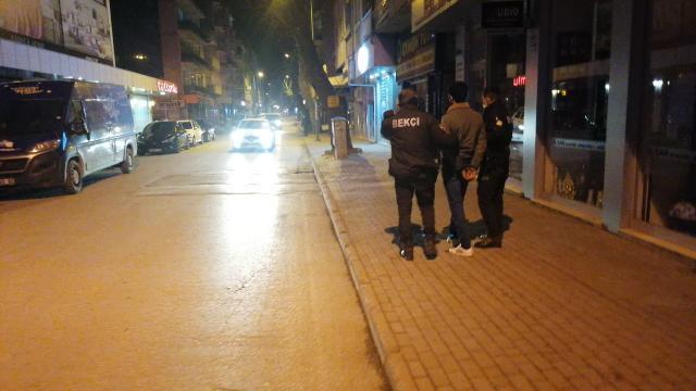 Polisin dur ihtarına uymayan sürücü ve arkadaşlarına 14 bin lira ceza kesildi