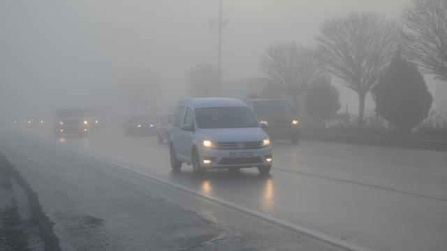Afyonkarahisarda sis etkili oluyor