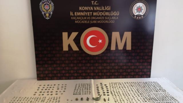Konyada tarihi eser kaçakçılığı operasyonunda 720 sikke ile 20 obje ele geçirildi