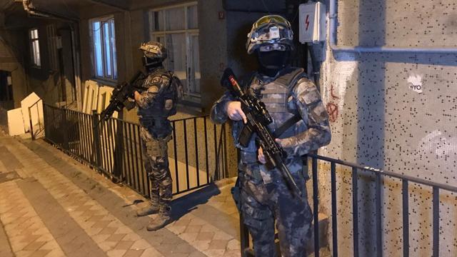 Ankarada terör operasyonu: 6 gözaltı