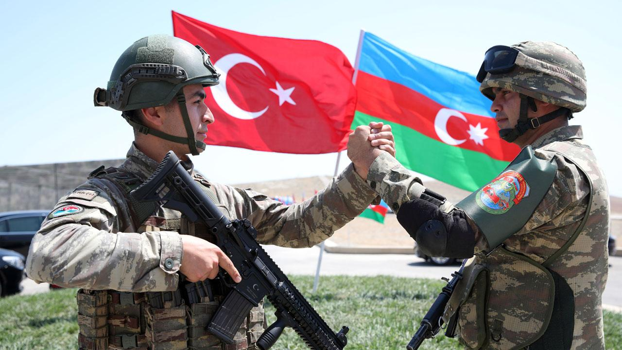 MSB'den Şuşa videosu: Azerbaycan Ordusunu selamlıyoruz