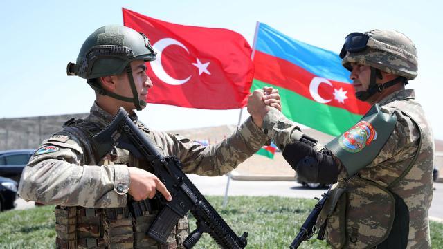 Azerbaycan, kurtardığı bölgelerde imar çalışmaları başlatacak