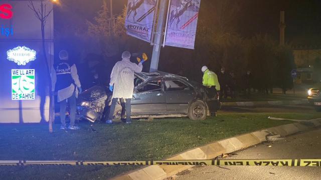 Ümraniyede trafik kazası: 1 ölü, 1 yaralı