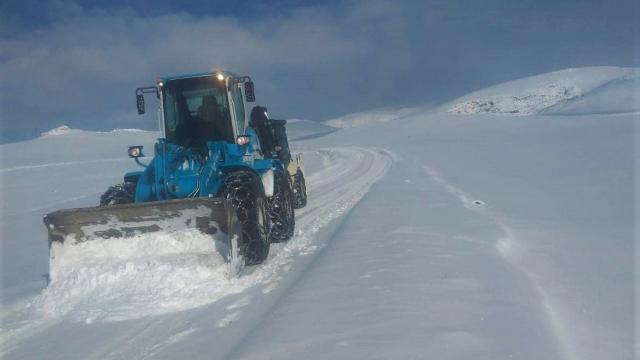 Sarayda karla mücadele çalışmaları