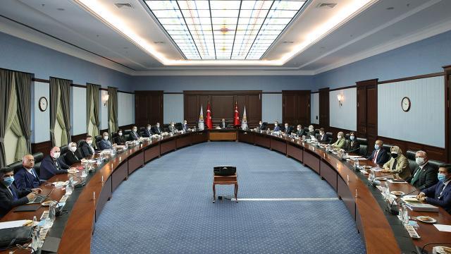 AK Partide gündem yargı ve ekonomi reformları